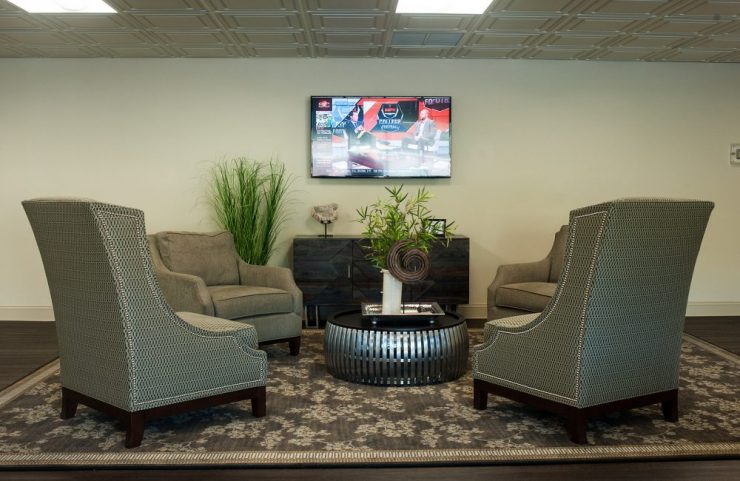 ample seating in the resident lounge