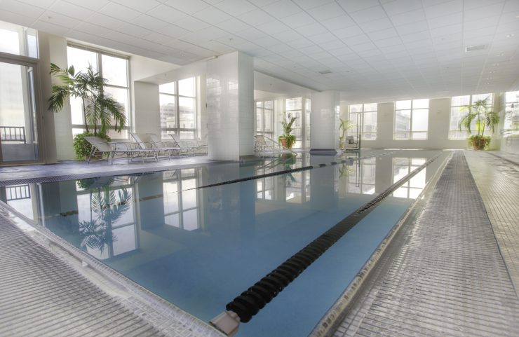 washington square apartments with pools