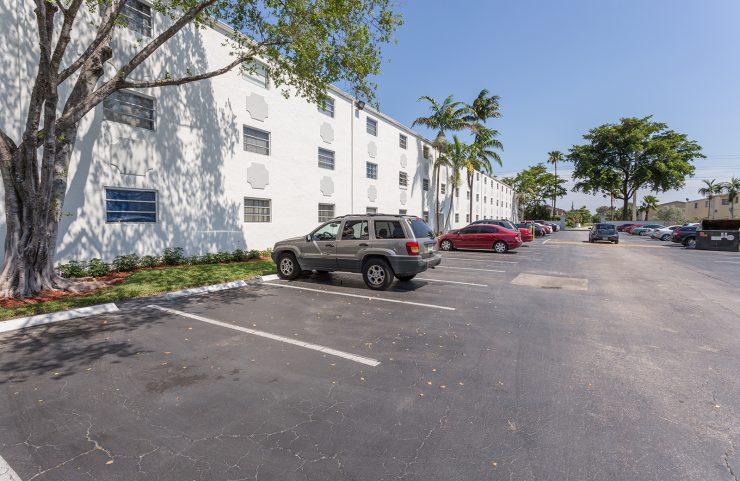 plenty of parking lot spaces
