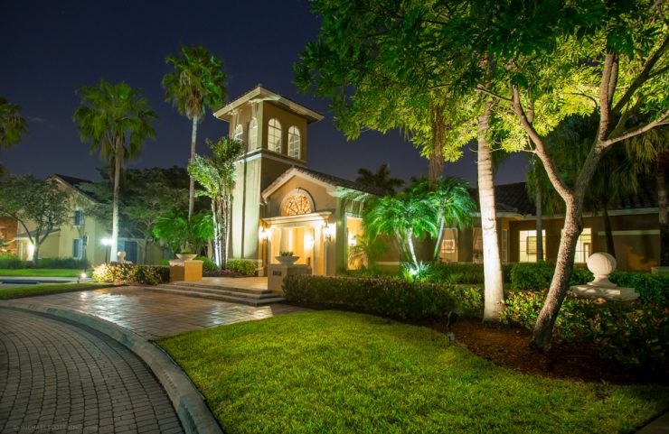 where to live in pembroke pines fl