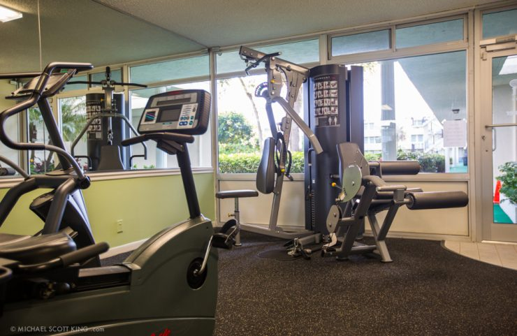 fort lauderdale apartment with gym