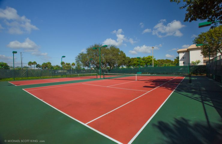 plantation apartment with tennis court