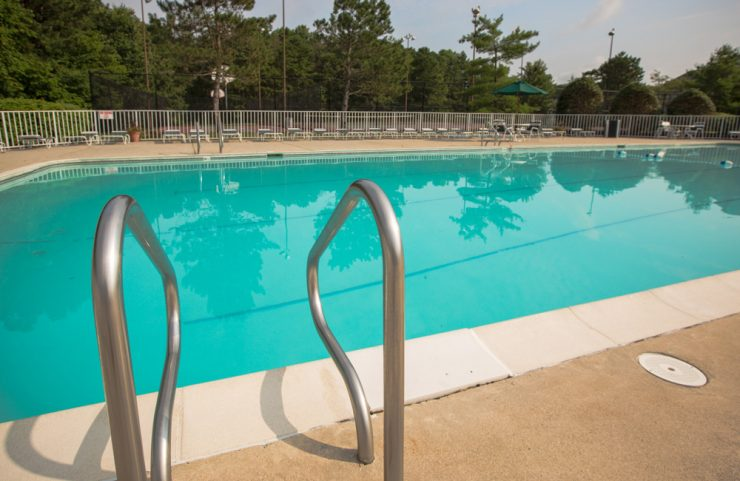 mays landing apartment with pool