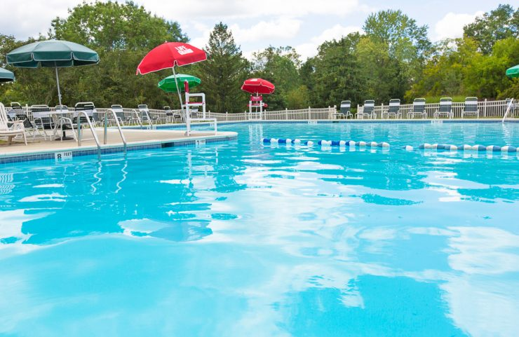 apartments with pools near in hatfield