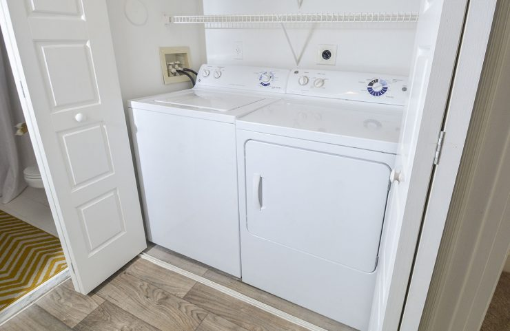 apartments in deerfield beach that has washer and dryer in unit