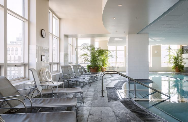 washington square apartments with pools