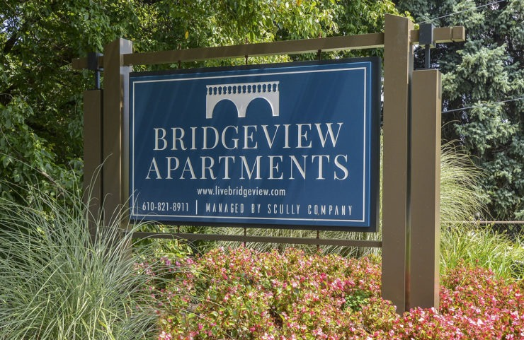 Bridgeview Sign