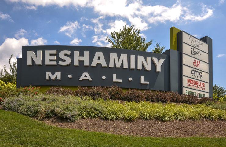 neshaminy mall signage