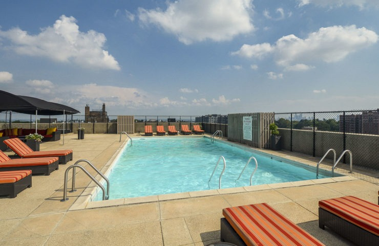 Rooftop Pool with Fantastic Views of the city