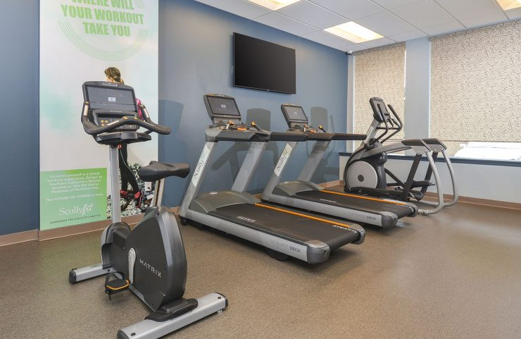 east falls apartments with a fitness center