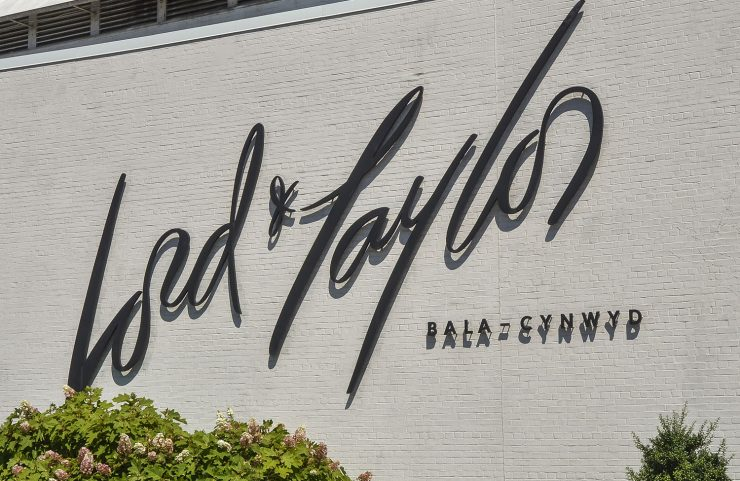 Nearby: Lord & Taylor signage