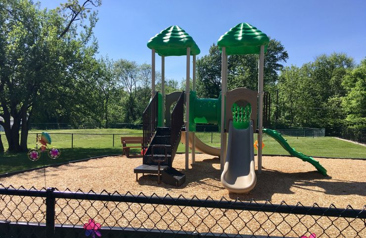 apartment with play ground near east norriton