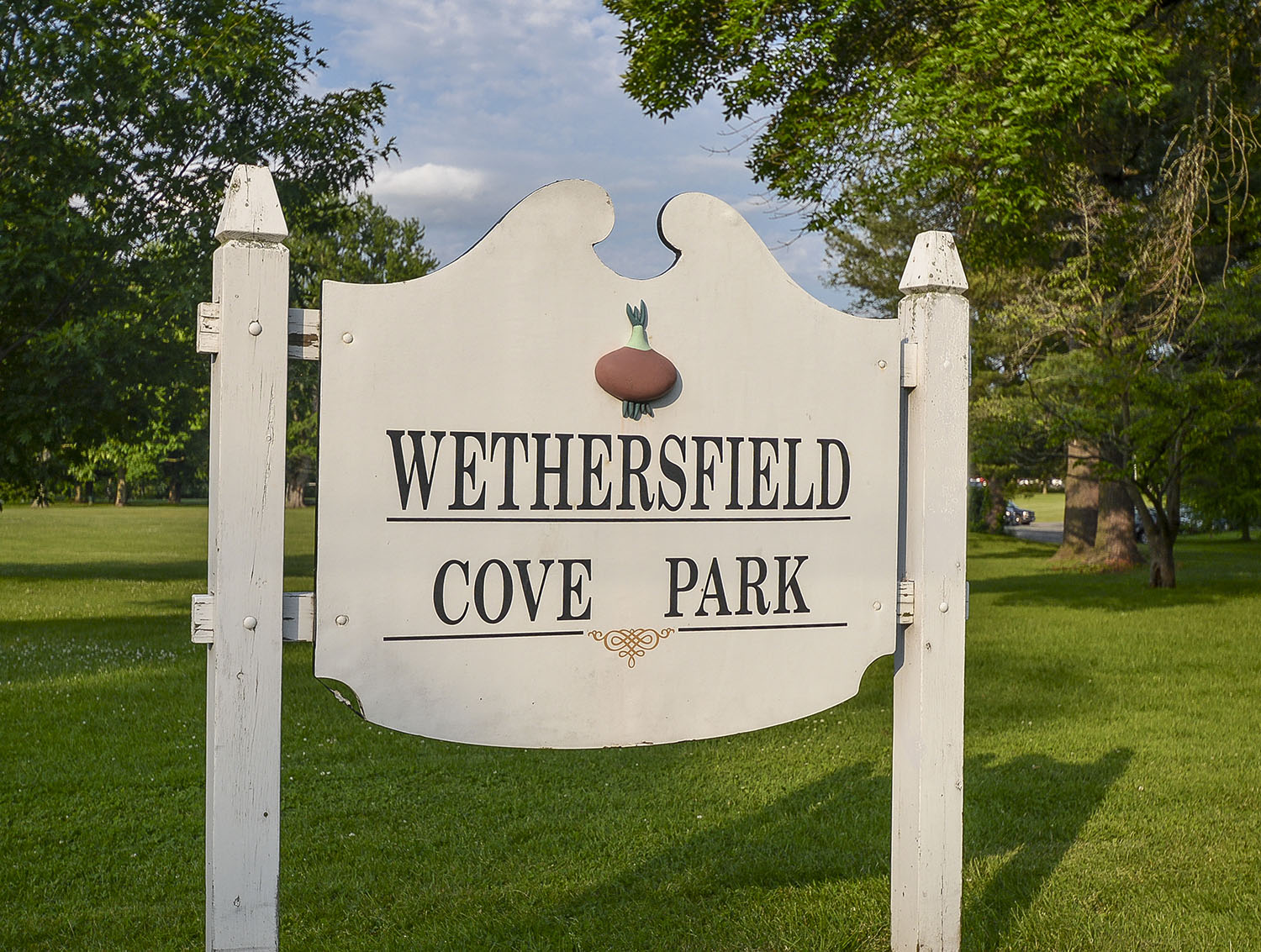 Nearby: Wethersfield Cove Park signage