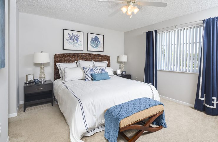 bedrooms with closets in miramar fl