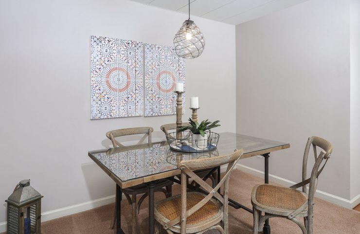 dining room with table and 4 chairs