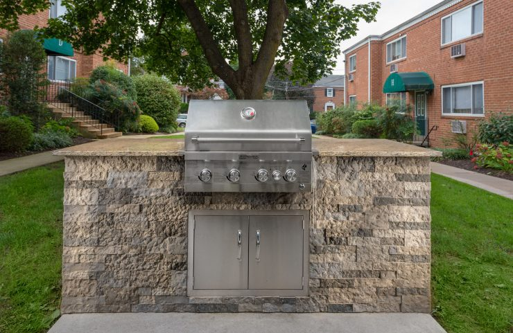 outdoor stainless steel grill