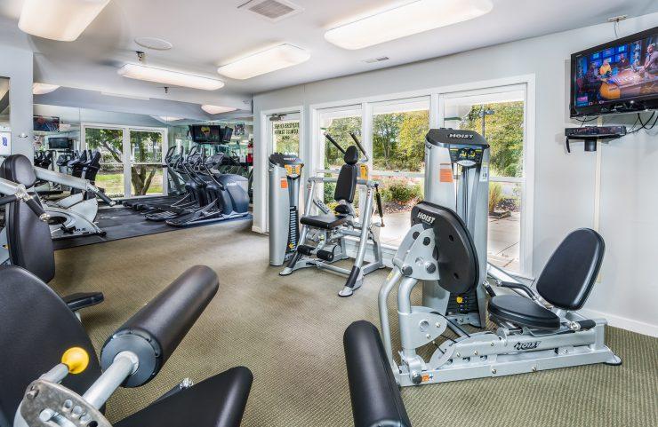 marlton nj apartment with gym