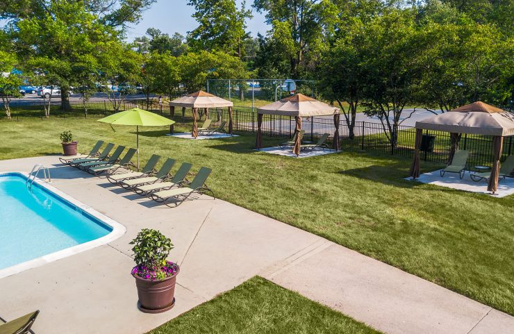 apartments off route 309