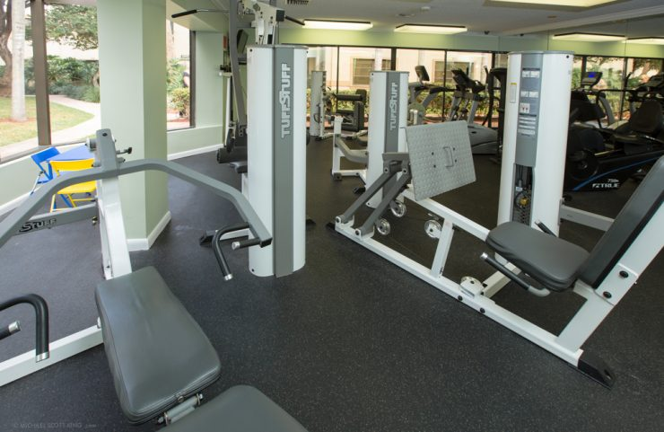 apartments with gym in Boca Raton