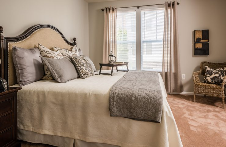 wall to wall carpets in bedrooms