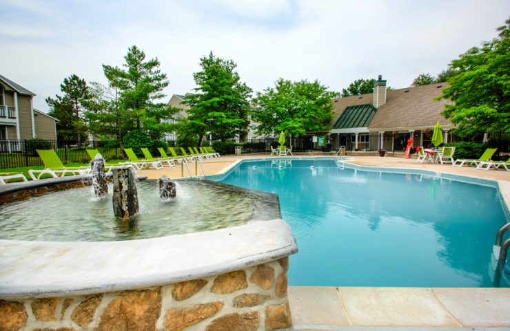 marlton nj apartment with pool