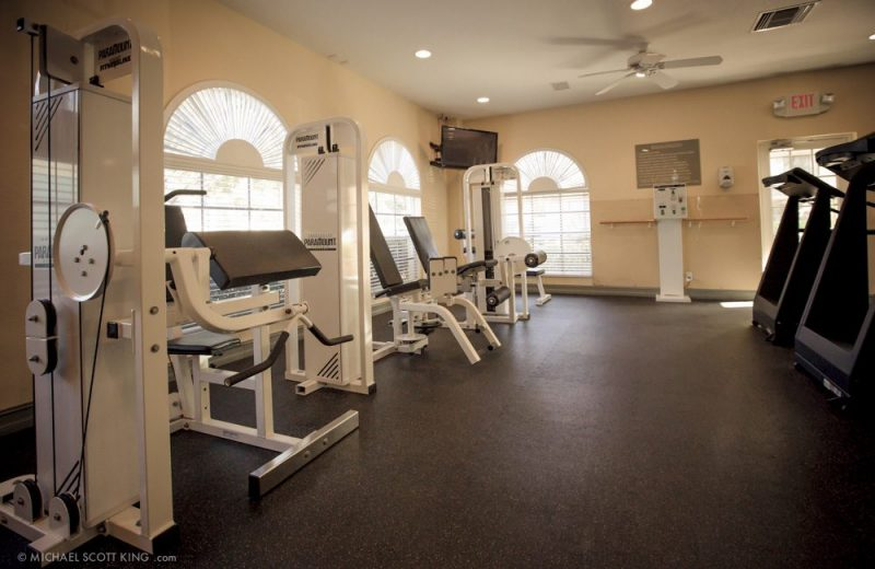 24-Hour Fitness / Cardio Center