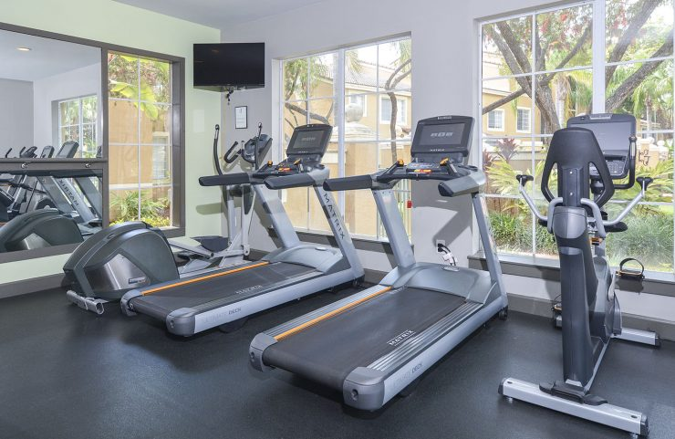 Deerfield beach apartments with fitness centers