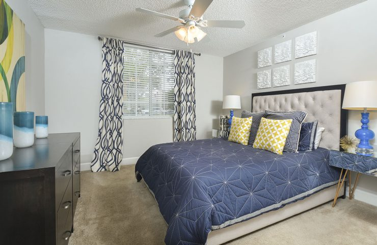 wall to wall carpet in bedrooms