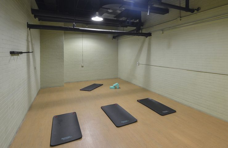 24 hour yoga room